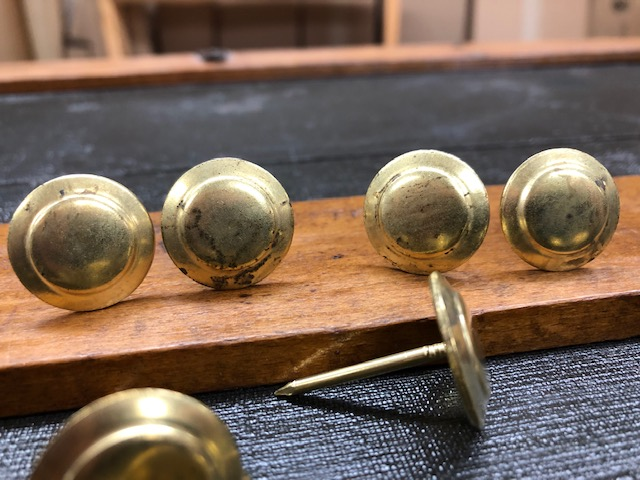 Brass buttons for Jenny Lind trunks