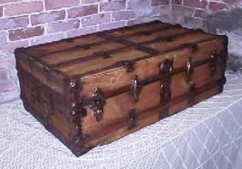 cabin trunk refinished by Brettuns Village