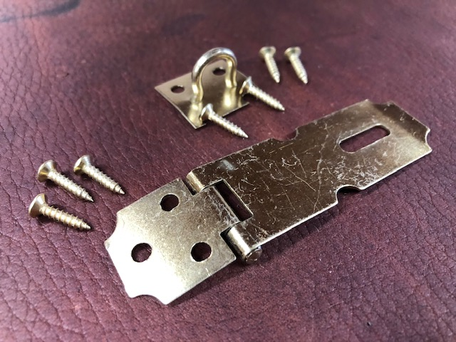 Jewelry box or humidor locks hardware