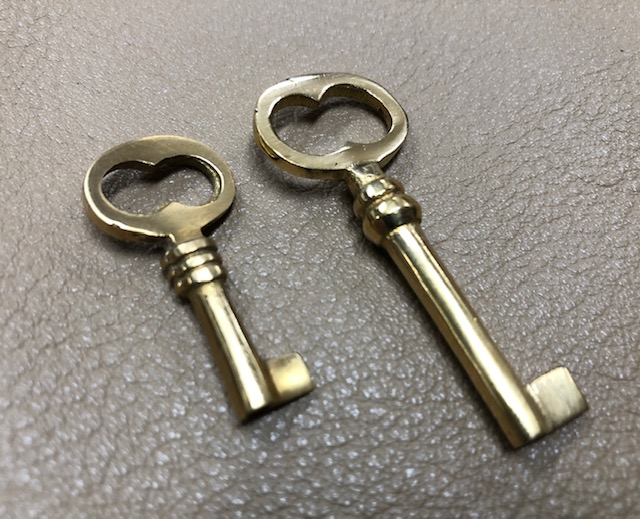 brass skeleton key