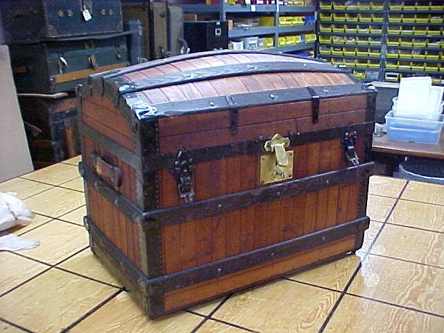 Outstanding Brettuns Village Trunk Shop Antique Trunks For Sale Inzonedesignstudio Interior Chair Design Inzonedesignstudiocom