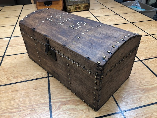 antique storage trunk for sale