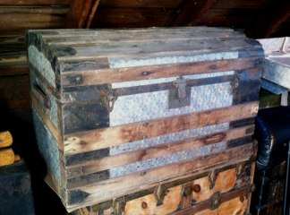 an old trunk to be fixed up, for sale, free shipping