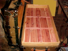 Tray with cedar for an old trunk