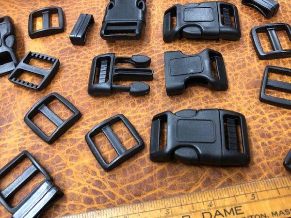 Black nylon buckle sets