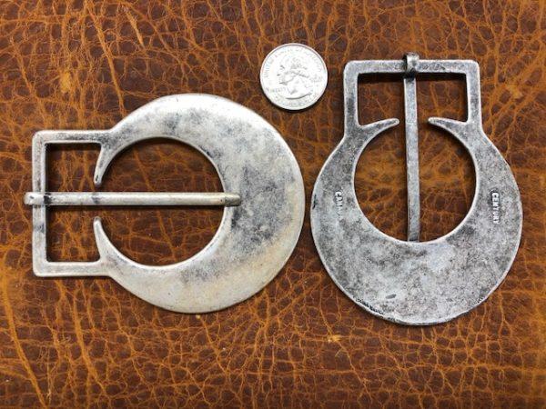 Modern motif belt buckles