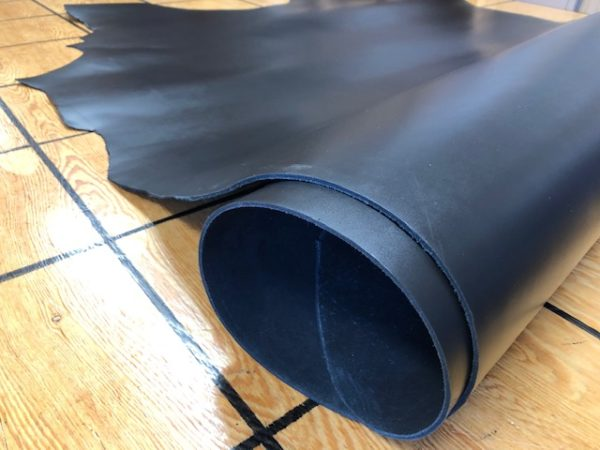 9 oz black leather hides