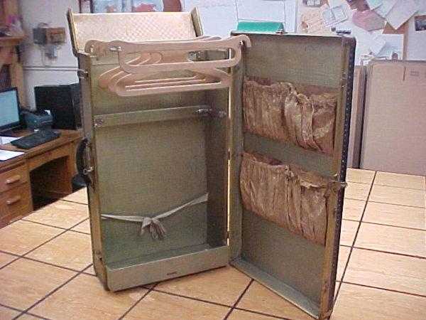 Mendel Wardrobe Trunk Smaller Size for Shorter Vacations