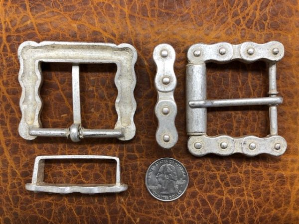 belt buckle looks like motorcycle chain