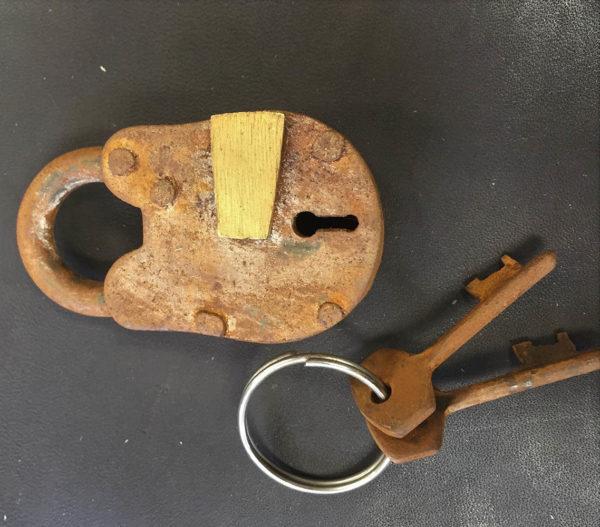padlocks for steamer trunks
