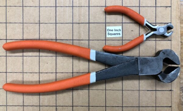 Large or Small End Cutters For Removing Trunk Clinch Nails