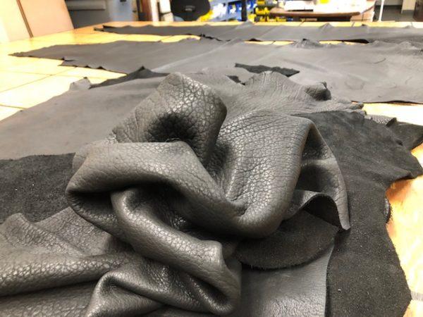 USA Bison sides in black with shrunken grain