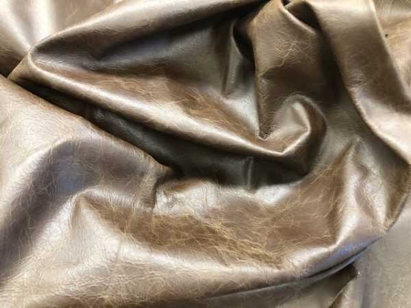 Whole Hides: Full USA Cattlehide Leather, Chromium Tanned, in Chocolate Brown Crinkle